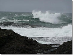 Waves, Co. Clare, Ireland (via Kill Pop on Flickr)