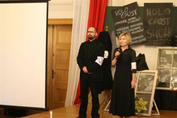 Mazanna Pogorzelska, 2010 Polish Irena Sendler Award recipient, opens the performance of her students Holocaust production. Marzanna teaches in Kedzierzyn-Kozle at I Liceum school.