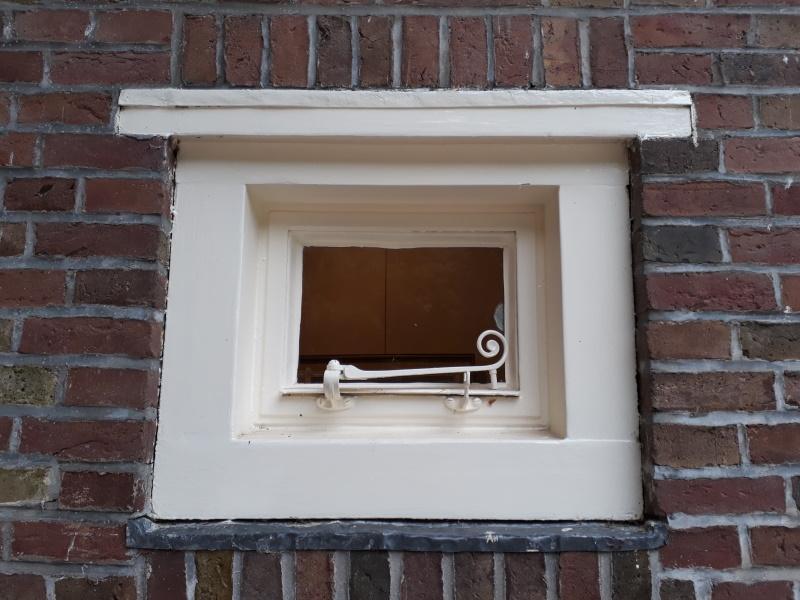 Open the door, open the window