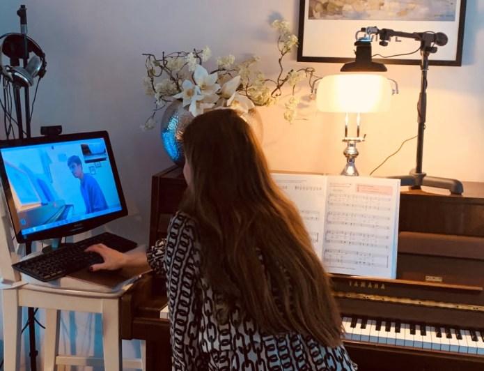Irene de Raadt, online zangles en pianoles6