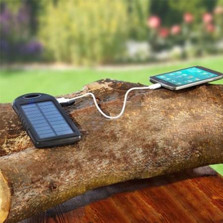 Solar Powerbank zum Aufladen vom Handy