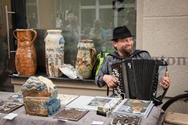 Heinz, der Kunstmarkt ist in Buckau angekommen