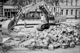 Neue Gleise für die Straßenbahn - Halberstädter Str. Frühjahr 1989