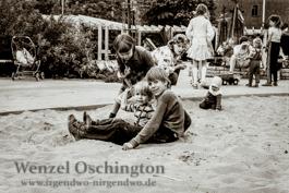 Spielplatz Hegelstraße  |   Magdeburg 1989