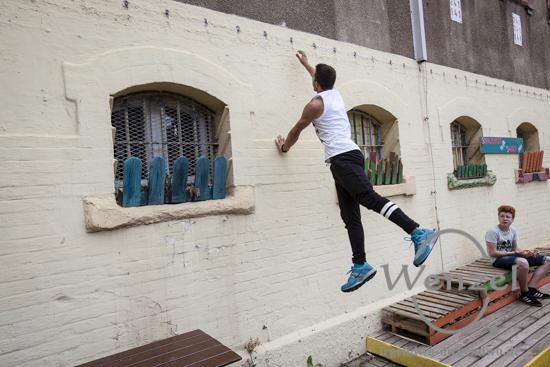 HipHop Wochenende im Knast - zwischen Breakdance, Rap, DJing und Graffiti