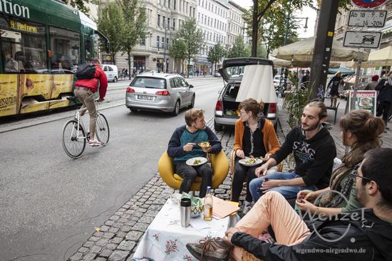 PARKing Day - wenn Parkplätze zu Wohlfühlinseln werden