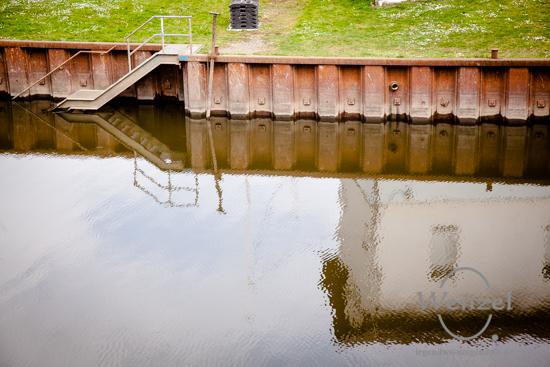 Spiegelung am Sülzehafen
