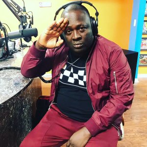 Jigsy King supports daughter's skin care line