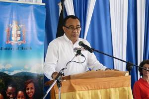 Health Minister calls for increased vigilance in fight against mosquito-borne diseases