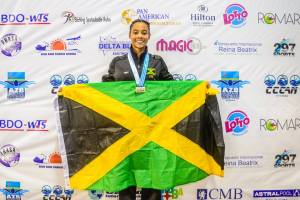 Sabrina Lyn sizzles to Carifta and national record