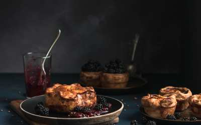 Game pie with gin berry sauce
