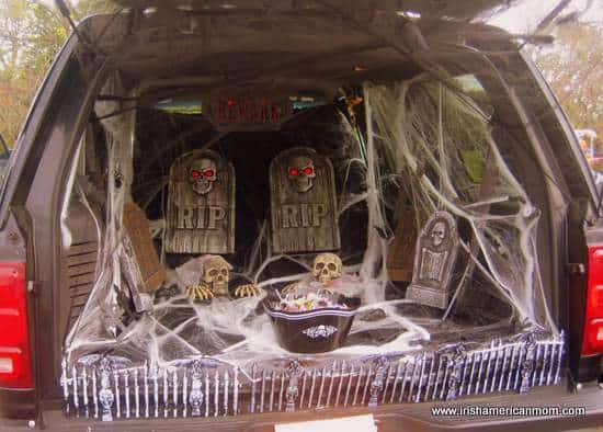 Zombie Trunk Or Treat Ideas For Cars