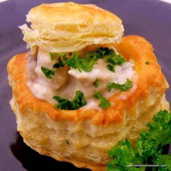 http://www.irishamericanmom.com/2011/12/03/chicken-and-mushroom-vol-au-vents/