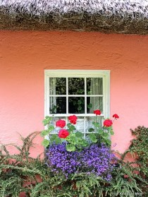 http://www.irishamericanmom.com/2013/09/13/irish-cottage-windows/