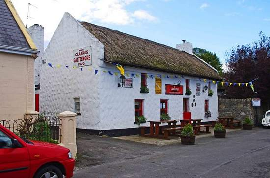Larkin's Bar and Restaurant, Garrykennedy, County Tipperary