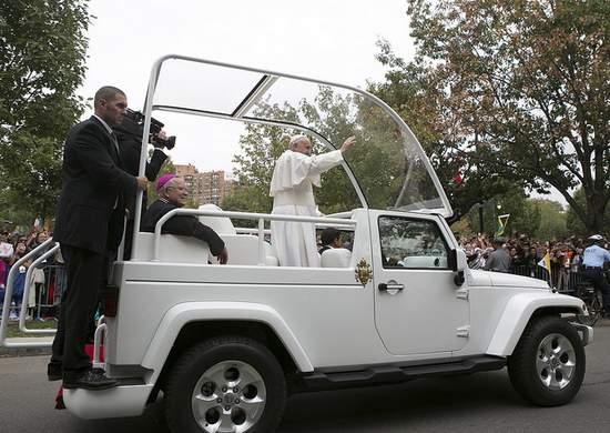 Pope Francis - Popemobile in Philadelphia