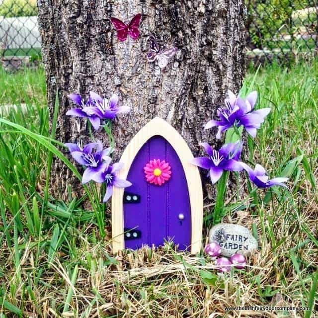 Irish fairy door worry plaque giveaway irish american mom for Irish fairy garden