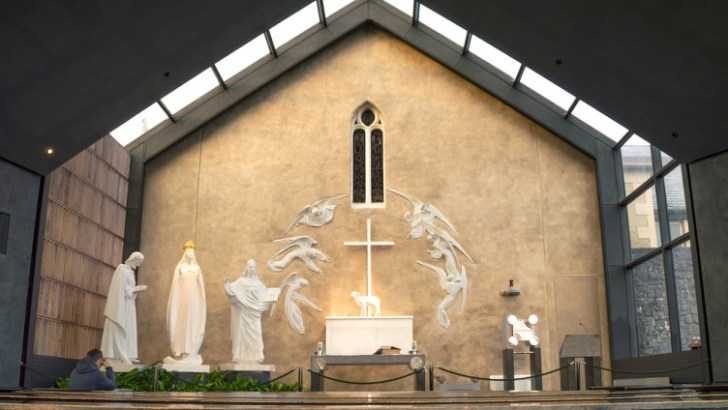 Knock joins Marian shrines worldwide to pray Rosary for Covid-19