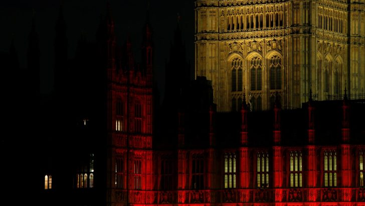 Turn churches red to highlight Christian bloodshed, bishops urge