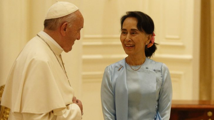 Catholics express joy amidst Pontiff's politically-charged visit