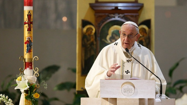 Shun clericalism, Pope Francis tells 74 new bishops
