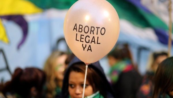 Argentina president presents bill to decriminalise abortion