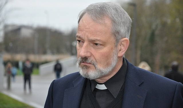 Bishop hits out at 'traditional Catholics' for demonising Muslims