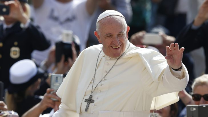 Pope Francis warns theologians against 'collapsing' into ideology