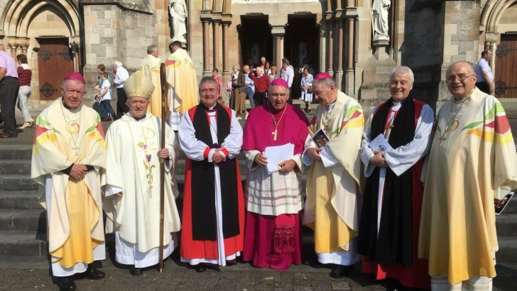 Bishop emeritus celebrated for 'wisdom and humour' at Golden Jubilee