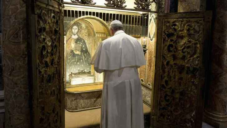 Did Pope Francis give the relics of St Peter away?