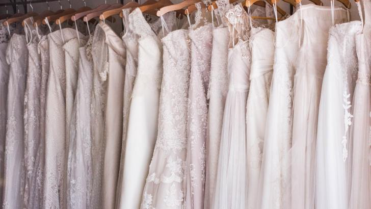 Should a bride wear white on her wedding day?