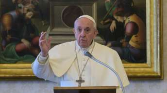Pope appeals for global ceasefire and to instead 'battle' coronavirus