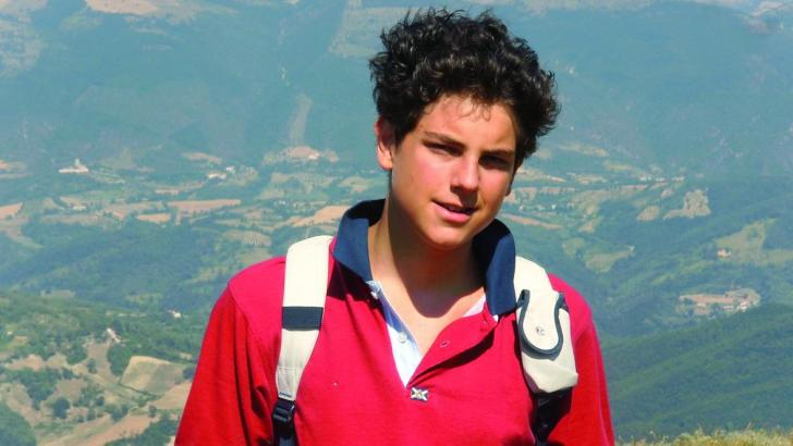 Holy Italian teen example for Irish youth not to 'follow crowd'