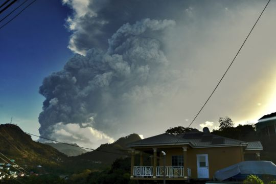Pope prays for evacuees forced to flee La Soufrière eruption
