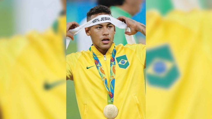 Neymar offered €500,000 a month to keep quiet about faith