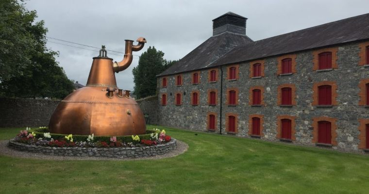 Uisce Beatha – A Brief History of Irish Whiskey