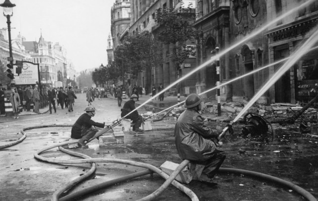 Psychologists Dossier On Hull During The Blitz To Remain Secret Until 2020