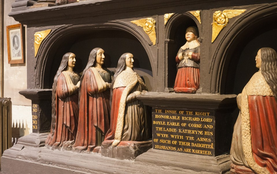 The Boyle Monument: the boy in the middle is Robert Boyle, the leftmost kneeling woman is probably intended to represent Katherine. (c) Andreas F. Borchert/Wikimedia (CC BY-SA 3.0 DE)