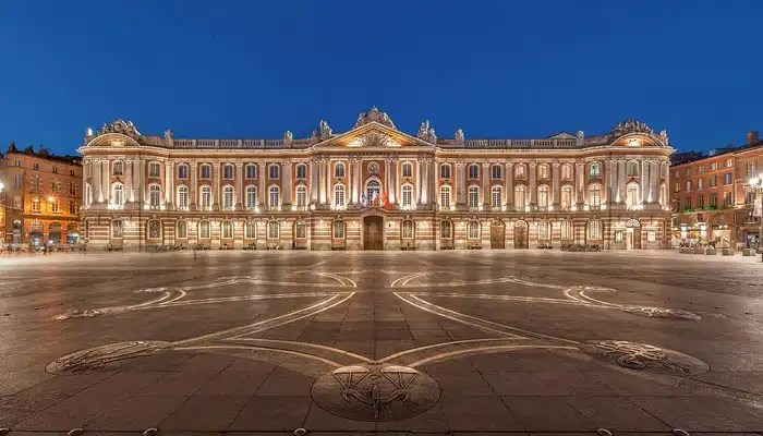 Toulouse Capitole - Rugby tours to France