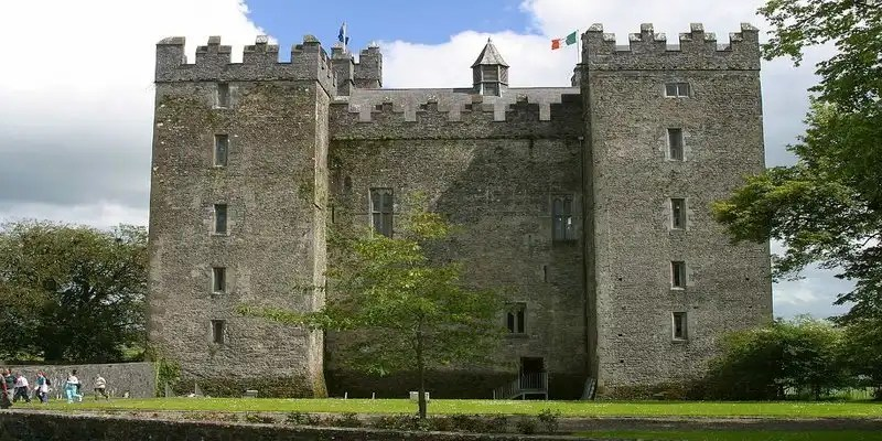 Bunratty Castle -Irish Rugby Tours, Rugby Tours To Limerick