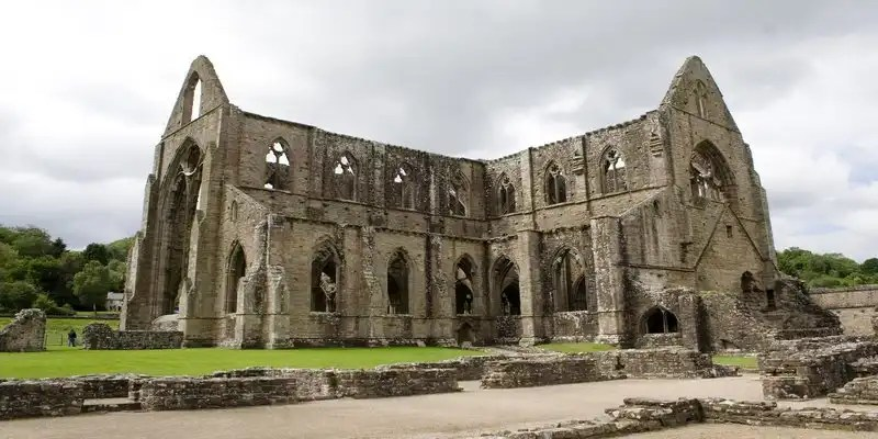 Tintern Abbey - Irish Rugby Tours, Rugby Tours To Wexford