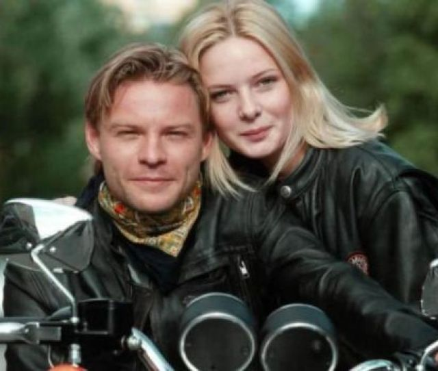 Rebecca Ferguson As Anna Gripenhielm With Kim Sulocki As Hugo Karlsson In The Swedish Tv Series