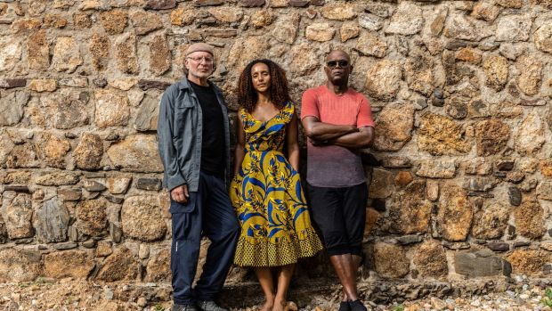 Samuel L Jackson with co-presenters Simcha Jacobovici and Afua Hirsch in Enslaved