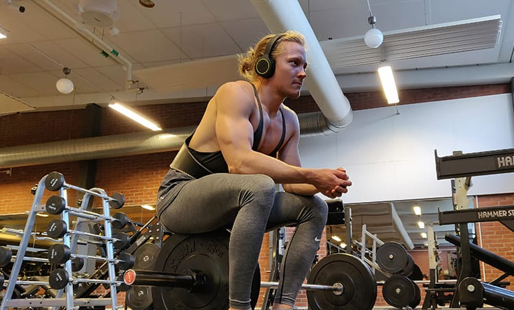 How-Long-Rest-Between-Sets-to-Maximize-Muscle-Growth