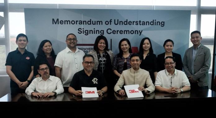 MoA signing between 3M Managing Director Ariel Lacsamana, UP President Danilo Concepcion, NTGBUP President Mandy Reyes and NTGBUP Chairman Agaton Uvero