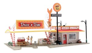 Woodland Scenics HO Built and Ready Drive 'n Dine BR5029