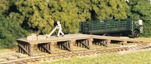 Monroe Models N Scale Railroad Loading Ramp Laser Kit (2 pcs) #9203