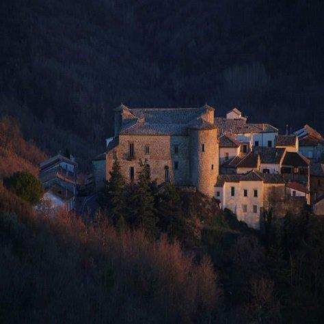Zungoli fra storia e leggenda Castello