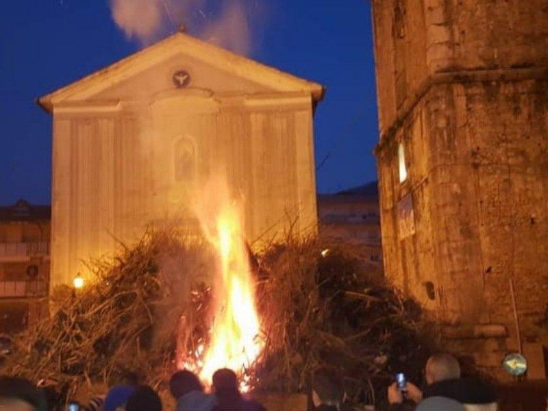 fuoco di Natale- Serino