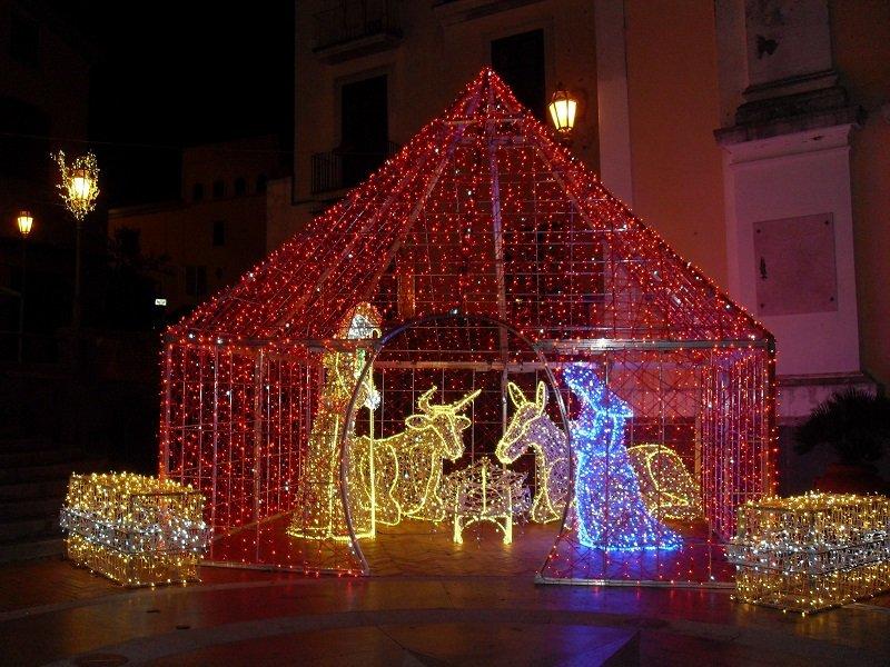 Lauro, luminarie natalizie